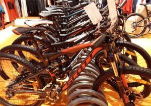 Bir saniyədə qatlanıb açılan elektrik velosipedi hazırlandı