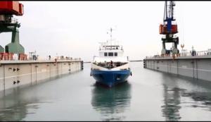 Yeni sərnişin gəmimiz suya buraxıldı