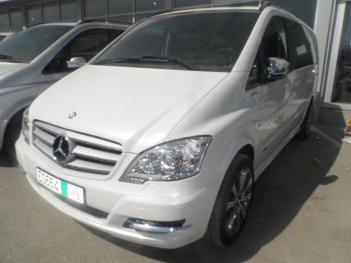 Mercedes Viano 2006