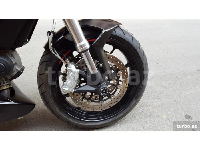 Ducati Monster 796 2012
