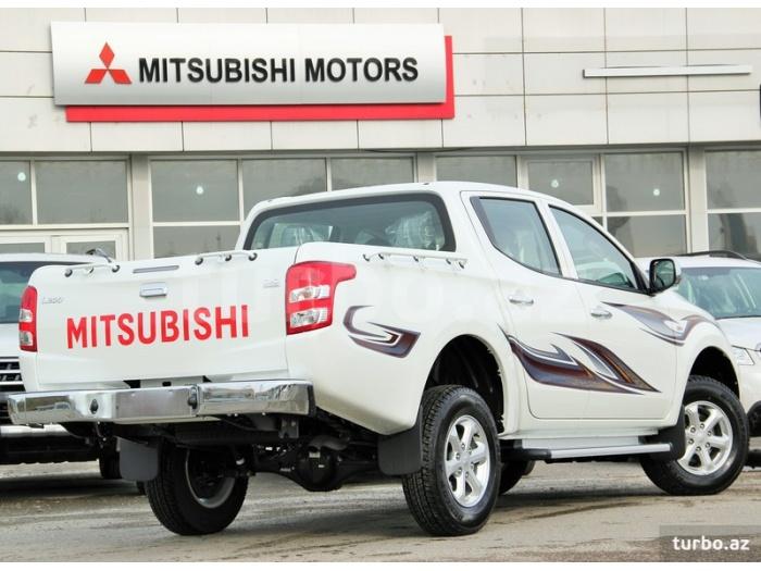 Mitsubishi L 200 2015